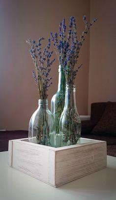 #vaze #levander #box #wood #bottle #decor #decoration #home #recycled Food Displays, Christening, Glass Vase, Recycling, Lavender, Drawing, Decoration, Bottle, Box