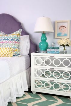 Yet another fun romm featuring lilac walls and a lilac upholstered headboard. House of Turquoise: Alisha Gwen Interior Design Purple Bedrooms, Girls Bedroom, Bedroom Ideas, Bedroom Designs, Bedroom Decor, Sophisticated Girls Room, House Of Turquoise, Contemporary Bedroom, Beautiful Bedrooms