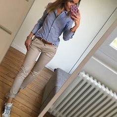 e4eb219cefa1 20 Style Tips On How To Wear A Striped Shirt This Summer