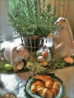 FRENCH COUNTRY COTTAGE: LITTLE RABBITS