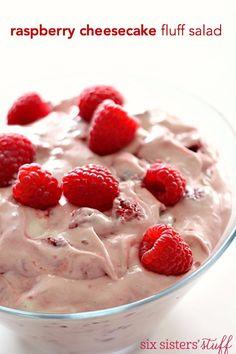 Raspberry Cheesecake Fluff Salad on SixSistersStuff Raspberry Salad, Raspberry Cheesecake, Raspberry Mousse, Dessert Salads, Dessert Recipes, Jello Salads, Fruit Salads, Dessert Ideas, Yummy Recipes