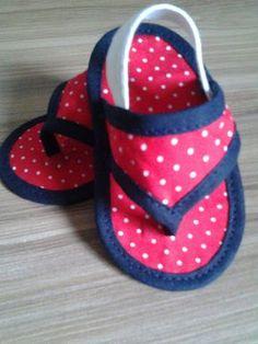New Crochet Baby Patterns Girl Flip Flops Ideas Baby Shoes Pattern, Shoe Pattern, Baby Patterns, Baby Sandals, Baby Booties, American Girl Doll Shoes, American Girls, Girls Flip Flops, Baby Couture