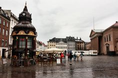 Panoramio - Photo of Nytorv - Old kiosk and telephone stand from 1913