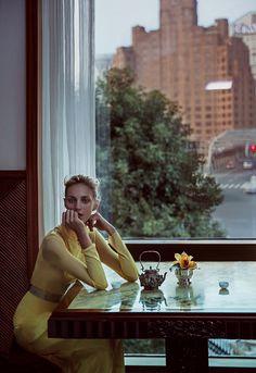 Photo Anja Rubik & Sasha Pivovarova for Vogue China February 2016