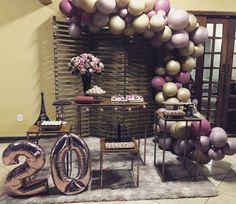 Learn the best Ideas to decorate a Party for a 20 year old woman through proposals: You deserve what you Dream, so do not hesitate to celebrate the best Giant Number Balloons, Helium Balloons, Balloon Arch, The Balloon, Girls Dp For Whatsapp, Neon Party, Ideas Para Fiestas, Birthday Woman, 20 Years Old