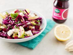 Red beetroot and red cabbage add colour to this delicious salad with walnuts and feta. Great as a braai side dish or even as a quick lunch. Clean Recipes, Easy Dinner Recipes, Cooking Recipes, Pumpkin Tarts, Red Cabbage Salad, Creamy Coleslaw, Walnut Salad, Beetroot, Feta