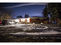 1509 Fanshawe Park Rd E Large beautiful lot 100 frontage by 943 deep in the north end of London. http://www.century21.ca/Property/101115884 For more details contact Rayna Elabed 519-673-3390