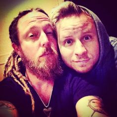 Zach Myers Fan Page: Shinedown 5 Day 1 and 2