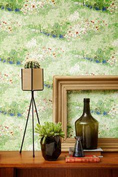 Grøn tapet i alle nuancer - limegrøn, mørkegrøn, græsgrøn mm. Van Gogh Wallpaper, Plain Wallpaper, Stone Wallpaper, Damask Wallpaper, Brick Wallpaper, Bathroom Wallpaper, Modern Wallpaper, Textured Wallpaper, Designer Wallpaper