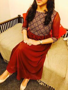 Suits Salwar Neck Designs, Kurta Neck Design, Dress Neck Designs, Kurta Designs Women, Blouse Designs, Kurtha Designs, Salwar Pattern, Simple Kurta Designs, Casual Frocks