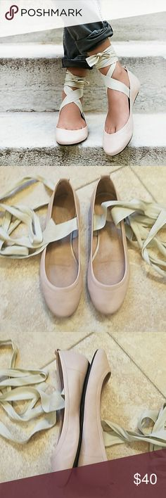 Free People Degas Ballet Flat EUC Super cute, leather, ballet flats.  Footbed is padded for comfort.  Only worn a few times.  No flaws. Free People Shoes Flats & Loafers