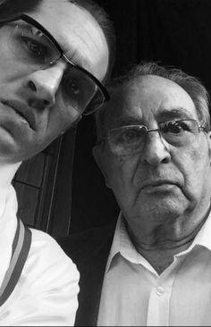 """thas-fandom: """"Tom with Freddie Foreman (Ray Collins). (x) Tom, Ron, Reg and Freddie Foreman Tom Hardy poses with smiling ex-underworld enforcer Freddie Foreman on the set of his new film about the..."""