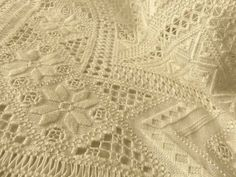 Hardanger Embroidery, Embroidery Patterns, Drawn Thread, Motif Floral, Cutwork, Macrame, Rugs, Crochet, Passion