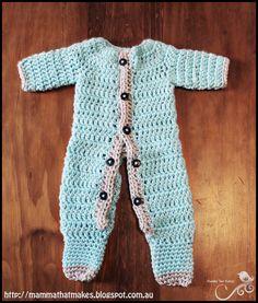 Ezra Romper. A free crochet prem baby pattern from Mamma That Makes.