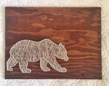 Bear String Art by TheGeneralCollective on Etsy String Art Templates, String Art Patterns, Crafts To Do, Arts And Crafts, Arte Linear, Idee Diy, Craft Night, Funny Art, Diy Art