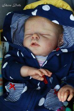 doll - reborn baby by Libby Macpherson Life Like Baby Dolls, Life Like Babies, Real Baby Dolls, Realistic Baby Dolls, Cute Baby Dolls, Reborn Baby Boy Dolls, Newborn Baby Dolls, Reborn Toddler, Baby Girl Dolls