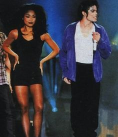 Michael Jackson and Yoko Sumida Michael Jackson Quotes, Michael Jackson Smile, Mike Jackson, Mj Dangerous, Michael Jackson Dangerous, You Give Me Butterflies, Vintage Black Glamour, King Of Music, Eva Green