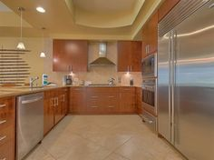 Take a look at this kitchen at Turquoise Place 1308D in Orange Beach! With a kitchen like this, you can really prepare a feast for everyone.