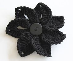 25  free easy crochet flowers patterns
