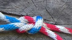 SQUARE KNOT (How to ALWAYS tie it right): http://scoutpioneering.com/2013/06/15/foolproof-way-to-always-tie-a-square-knot-right/