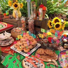 Not just for cupcakes! Donut bar! <3 @theflowertrend #papelpicado #donuts #fiesta #decorations #toppers #flags #mini