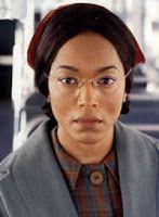 14 mei 2012: Rumoer. Foto: Angela Bassett als Rosa Louise McCauley Parks in The Rosa Parks Story