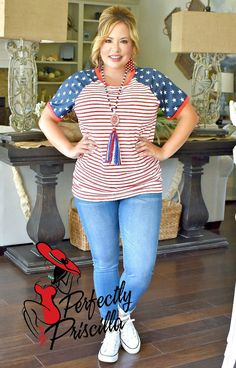 60 Fashion, Fashion 2020, Plus Size Fashion, Fashion Outfits, Sports Mom, Boutique Tops, Plus Size Tops, Summer Outfits, Summer Clothes