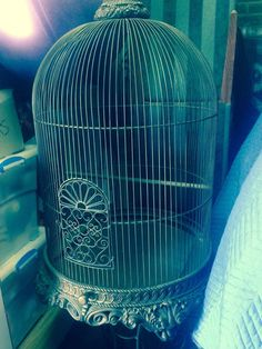 ANTIQUE LARGE BIRDCAGE