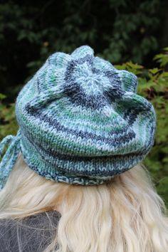 Hand knitted hat using pretty fairisle self-patterning chunky yarn. Chunky Yarn, Hand Knitting, Knitted Hats, Pretty, Fashion, Knit Hats, Hand Weaving, Moda, La Mode
