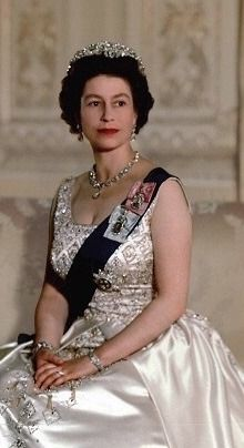 Young Queen Elizabeth, Elizabeth Philip, Royal Uk, Royal Queen, Windsor, Princess Margaret, Princess Kate, Princesa Elizabeth, Prinz Philip