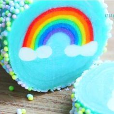 Rainbow with Clouds Cookies – Slice & Bake! Icebox Cookies, No Bake Cookies, No Bake Cake, Heart Cookies, Rainbow Desserts, Rainbow Food, Rainbow Baking, French Butter Cookies Recipe, Oatmeal Cream Pies
