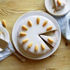 Marzipan, Swiss Recipes, Cute Food, Cake, Camembert Cheese, Sweet Treats, Dairy, Gluten, Pudding