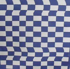"""Uma outra forma que encontramos para falar da Op Art foi fazendo um trabalho de """"trançado ou weaving"""". Nesse caso usamos tiras de papel pa..."""