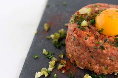Beef-Tatar-Rezept-einfach-und-schnell-zubereitet-fitnessblog-food Meatloaf, Beef, Fitness, Advent, Food, Meat, Food And Drinks, Kochen, Food Food