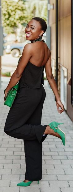 In search of an outfit to wear but lacking ideas? Check out these cute black outfits on fashion blogger, Louisa, for some inspiration. Black outfit: black sleeveless jumpsuit. Fashion blogger | Style blogger | Fall style | Fall fashion | African | Black girl
