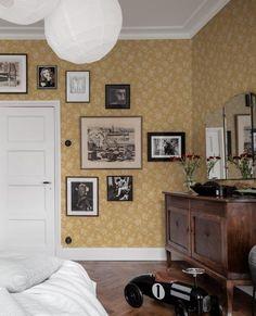 Flowery Wallpaper, Rose Wallpaper, Wallpaper Samples, Pattern Wallpaper, Swedish Wallpaper, Bathroom Colors Gray, Vintage Floral Wallpapers, Modern Interior, Interior Design