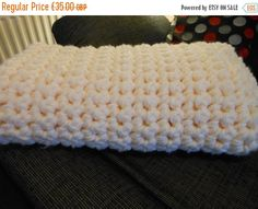 Hey, I found this really awesome Etsy listing at https://www.etsy.com/uk/listing/265799802/crochet-cream-chunky-throw-oversized