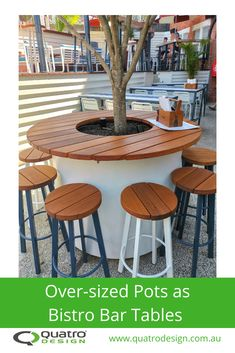 Ideas on how to use pots, planters & plants as bar and public seating. Outdoor Dining, Dining Area, Outdoor Decor, Planter Boxes, Planters, Public Seating, Greenery, Outdoor Furniture Sets, Pots
