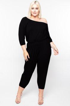 Womens Plus Size Black Jumpsuit Rhinestone Accents Cold Shoulder 3X NWT