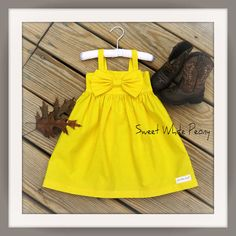 Yellow Easter  Dress,Girls Flower Girl Dress,Toddler Easter dress,Easter girls Outfit, Big Bow dress,More colors available,Baby bow dress