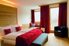 Doppelzimmer Superior Mountain Designs, Floor Chair, Sweet Home, Flooring, Bedroom, Austria, Furniture, Home Decor, Double Room