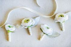Michaels.com Wedding Department: Champagne Wedding Boutonniere Simple, medium size flowers like garden roses or poppies work perfectly for this project.