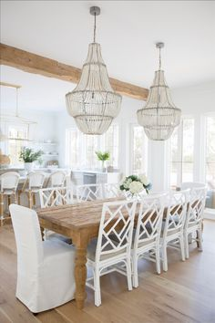 Dining Room Design, Dining Room Table, Dining Area, Beach Dining Room, Home Interior, Interior Design, Interior Modern, Design Design, Salons Cosy