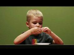 """Sí puedes! Excelente vídeo de técnicas infantiles para evitar """"caer en la tentación"""" y demorar la gratificación."""