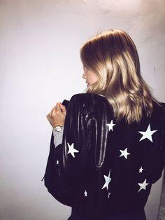 Imagen de blonde and olivia holt