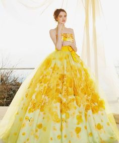 Get ready for a visual feast! This yellow floral gown from Kiyoko Hata is sure to turn heads! Yellow Wedding Dress, Colored Wedding Dresses, Dream Wedding Dresses, Bridal Dresses, Wedding Gowns, Prom Dresses, Fantasy Gowns, Floral Gown, Quince Dresses