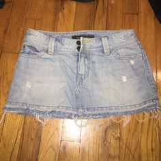 Hollister skirt!! Jean Hollister skirt!! Worn several times but in good condition! Just want to get rid of some stuff! Hollister Skirts Mini