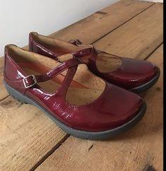 152c6b9ff67a Clarks Standard Width (D) Mary Jane Casual Flats for Women