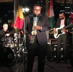 On stage at #africaamericainstituteawardsgala @mo_newyork @newyork with @alibomania #kevingibson #alecshantzis