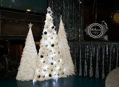 новогоднее украшение ресторана Кемерово Кузбасс декор флористика оформление дизайн цветы Новый год 2016 www.flofra.ru18